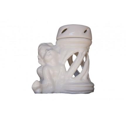 Znicz ceramiczny z figurką chłopca